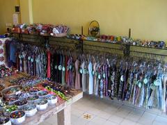 【プスピタ・ウブド2】かわいらしい洋服と雑貨であふれる店内