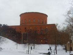 【ストックホルム市立図書館】冬景色の図書館
