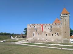 クレッサーレ城(サーレマー島博物館)