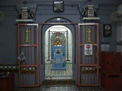 スリ・ポヤタ・ビノヤガ・ムーティ寺院