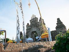 【ウルワツ寺院】