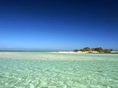 【テニア島】写真提供:ニューカレドニア観光局