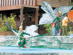 【カンボジアン・カルチャー・ヴィレッジ】伝統舞踊もあるので観賞したい