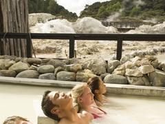 【ヘルズ・ゲート・アンド・マッドバス・スパ】天然の地熱温泉でリラックス